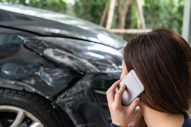 acidentes com carro empresarial