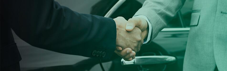 colaboração entre motorista e empresa
